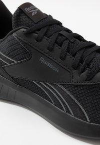 Reebok - LITE 2.0 - Obuwie treningowe - black/true grey - 5