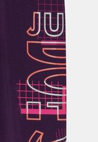 Nike Sportswear - PRINTED - Legíny - grand purple - 2
