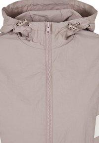 Urban Classics - CRINKLE BATWING  - Outdoor jacket - duskrose/whitesand - 5