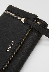 LIU JO - CROSSBODY - Across body bag - nero - 4