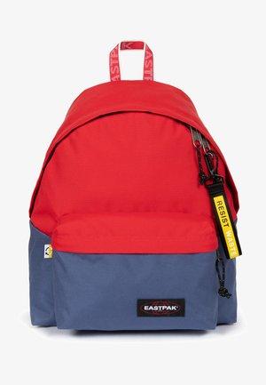 PADDED PAK'R - Rucksack - mottled dark red