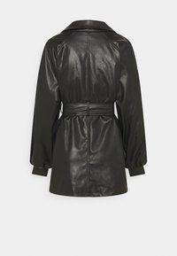 Missguided - BELTED BALLOON SLEEVE JACKET - Short coat - black - 1