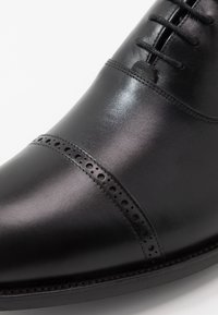 Barker - BURFORD - Smart lace-ups - black - 6