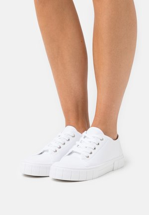 VEGAN PEGGY LACE UP - Trainers - white