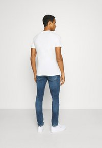 Pepe Jeans - RAURY - T-shirt con stampa - bright blue - 2