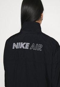 Nike Sportswear - AIR - Chaqueta de entrenamiento - black - 3