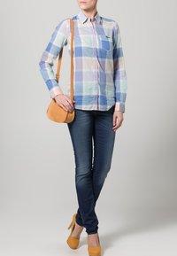 Kuyichi - LINDA - Slim fit jeans - blau - 1