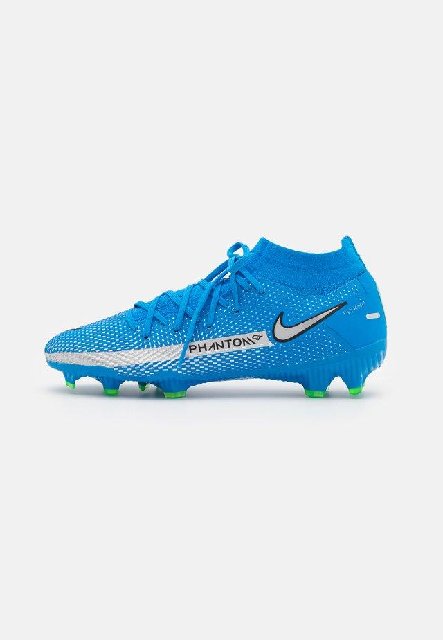 PHANTOM GT PRO DF FG - Voetbalschoenen met kunststof noppen - photo blue/metallic silver/rage green