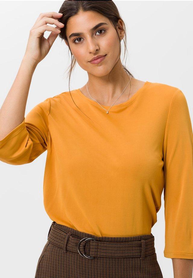 STYLE CLARA - Maglietta a manica lunga - butternut