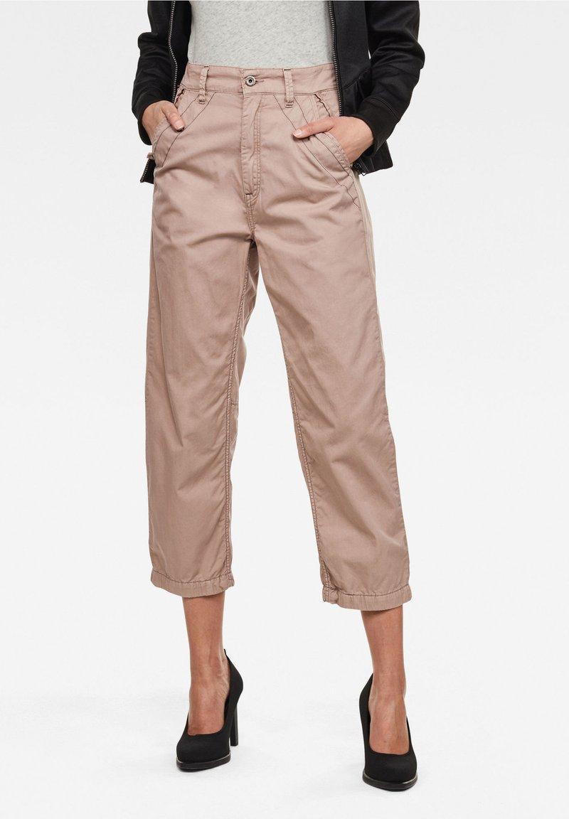 G-Star - ARMY CITY MID BOYFRIEND STRAIGHT - Trousers - lt skin gd