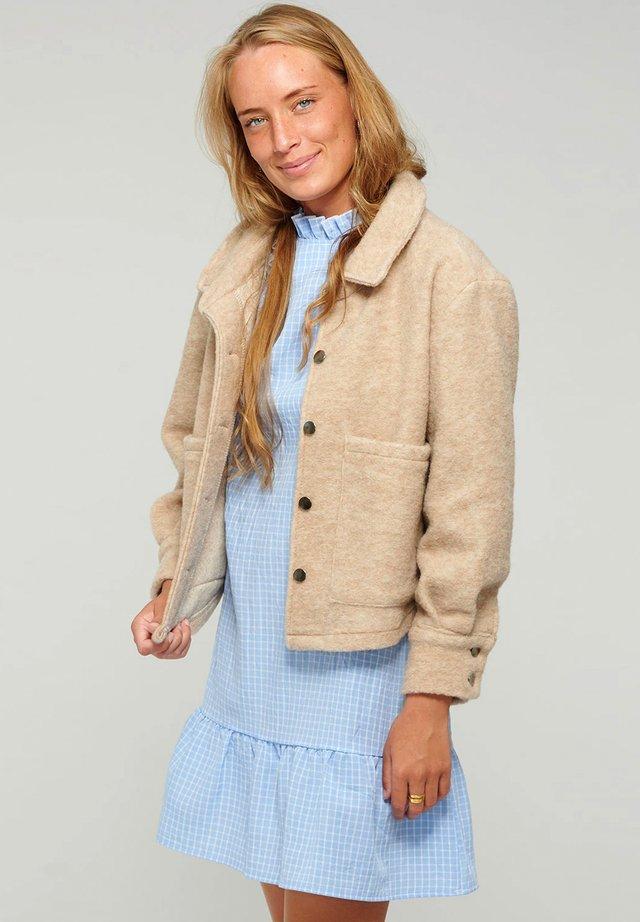VIKSA - Summer jacket - camel
