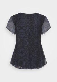 Desigual - NORTE - T-shirts med print - black - 7