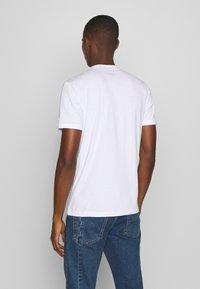 Blauer - MANICA CORTA - T-shirt med print - bianco - 2