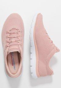 Skechers Sport - SUMMITS - Zapatillas - rose/white - 1