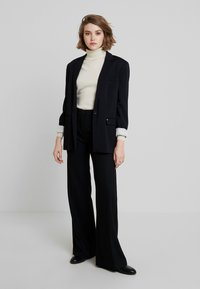 Sisley - TROUSERS - Pantaloni - black - 2