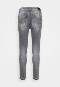 Le Temps Des Cerises - PULPHIC - Jeans Skinny Fit - grey - 1