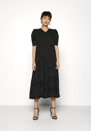SILLA DRESS - Vardagsklänning - black
