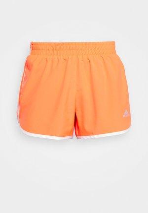 M20 SHORT - Pantalón corto de deporte - app solar red/white