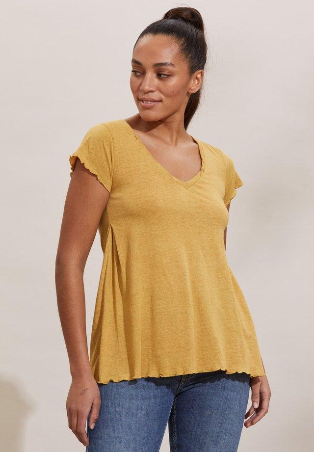 T-shirt con stampa - golden biscotti