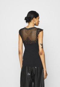 Morgan - DERNA - T-shirt print - noir - 2