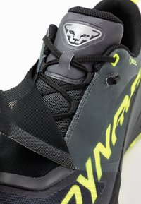 Dynafit - ULTRA 100 GTX - Trail running shoes - carbon/neon yellow - 5
