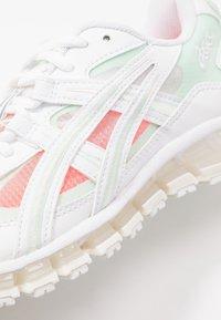 ASICS SportStyle - GEL-KAYANO 5 360 - Baskets basses - white/mint/tint - 2