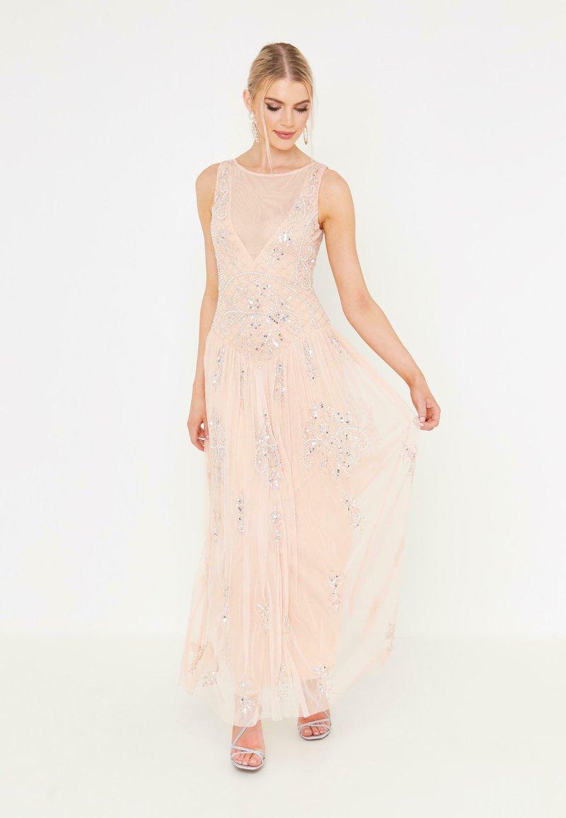 BEAUUT - Společenské šaty - blush