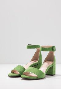 Maripé - Sandals - verde - 4