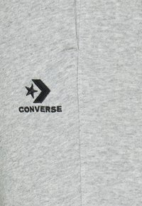 Converse - WOMENS STAR CHEVRON FOUNDATION SIGNATURE PANT - Tracksuit bottoms - vintage grey heather - 2