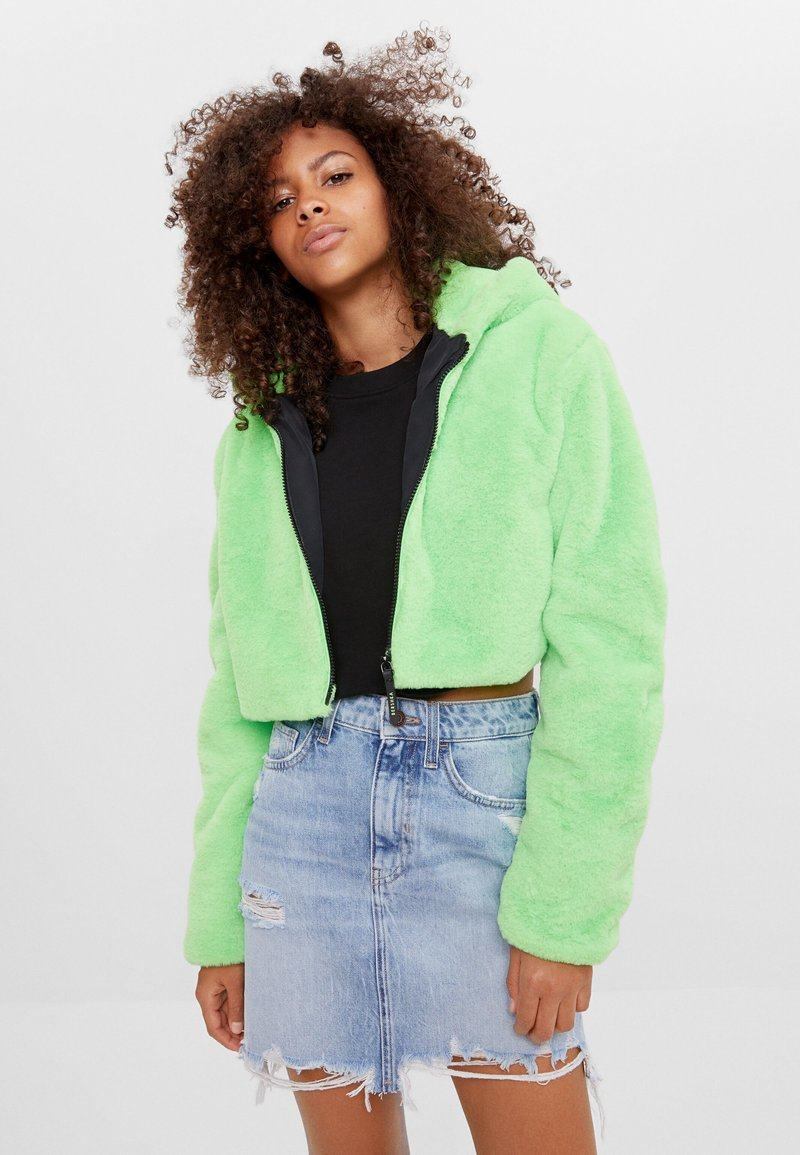Bershka - MIT KAPUZE - Fleece jacket - green