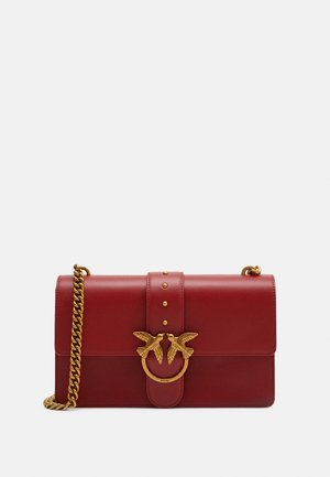 LOVE CLASSIC ICON SIMPLY SETA - Across body bag - ruby red