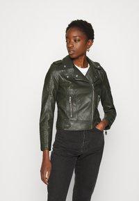 Vero Moda - VMKERRIULTRA  - Faux leather jacket - rosin - 0