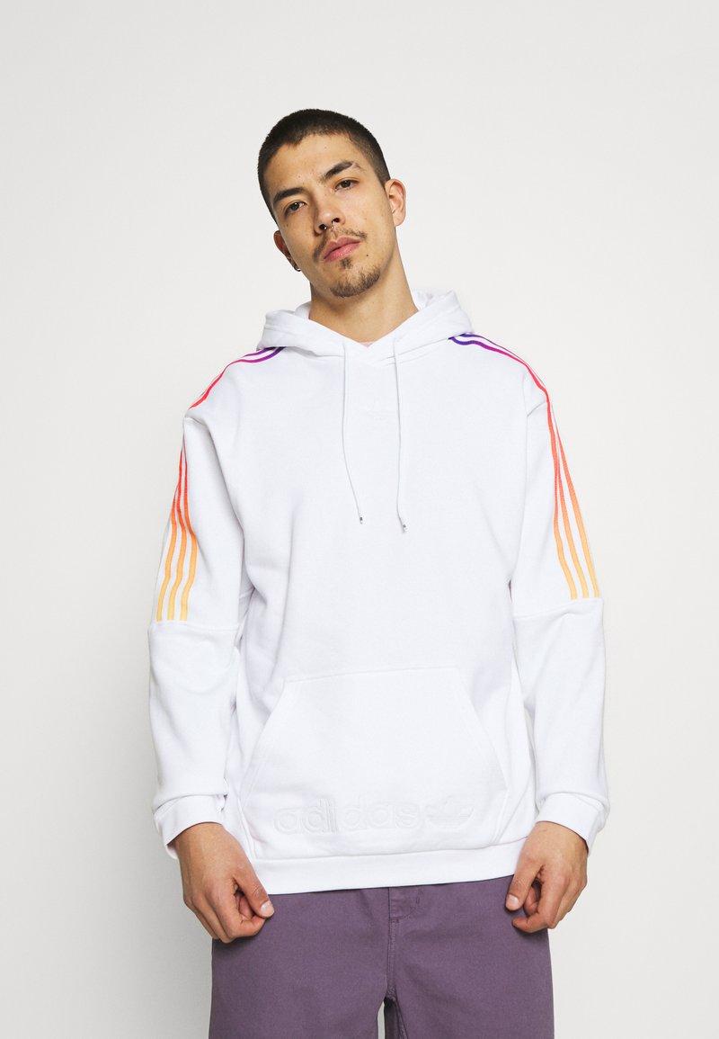 adidas Originals - UNISEX - Sweatshirt - white/multicolor