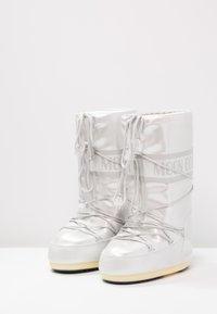 Moon Boot - Vinterstøvler - white - 2