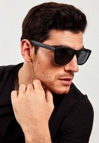 Hawkers - ONE - Sunglasses - black - 1