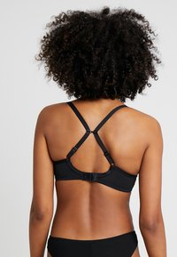 Freya - CAMEO DECO MOULDED PLUNGE - Underwired bra - black - 2