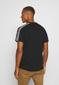 G-Star - SPORT TAPE LOGO + R T S\S - T-shirt print - black - 2