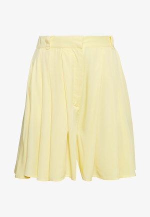 VISUVITA - Shorts - mellow yellow