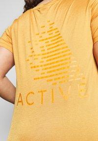 Active by Zizzi - AMAYS - Camiseta estampada - olden yellow - 5