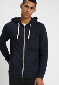 Jack & Jones - JJEHOLMEN - veste en sweat zippée - navy blazer - 0