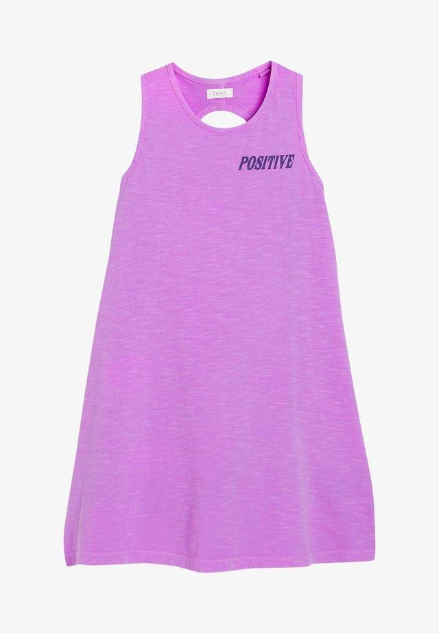 SLEEVELES - Žerzejové šaty - purple