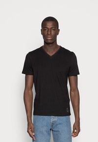 TOM TAILOR - 2 PACK - Basic T-shirt - black - 1
