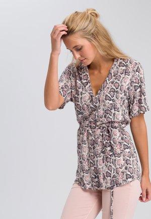 MIT DUNKLEM SCHLANGENPRINT - Button-down blouse - black/white/red
