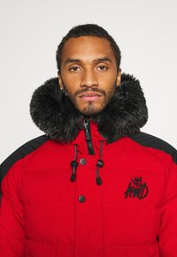 Kings Will Dream - PUFFER BOMBER JACKET - Winterjas - red - 4