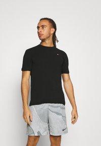 Tommy Hilfiger - BLOCKED TEE - Print T-shirt - black - 0