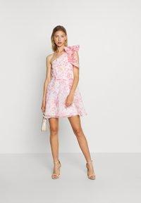 Monki - CAMILLE DRESS - Cocktailkjole - white/pink - 1