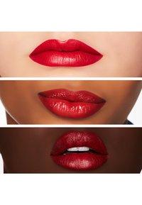 MAC - MATTE LIPSTICK - Lipstick - red rock - 1