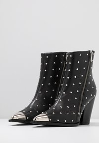 The Kooples - Cowboy/biker ankle boot - black - 4