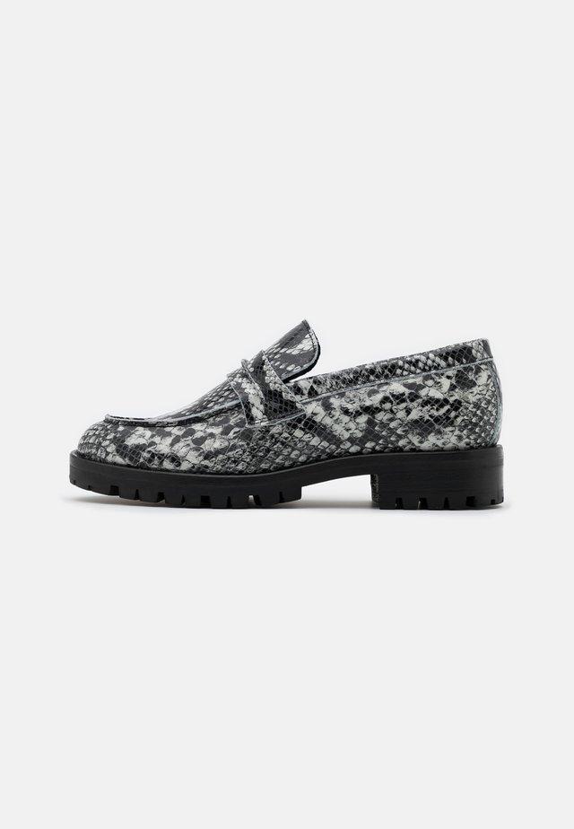 OXFORD SHOES - Scarpe senza lacci - black