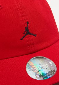Jordan - JUMPMAN FLOPPY - Kšiltovka - gym red/black - 5